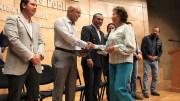 Marcos Aguilar entrega escrituras a familias de Querétaro Capital