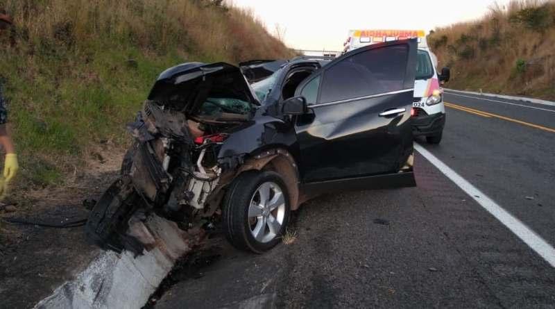 Camioneta se estrella contra pipa en la «Siglo XXI», hay un muerto y un herido