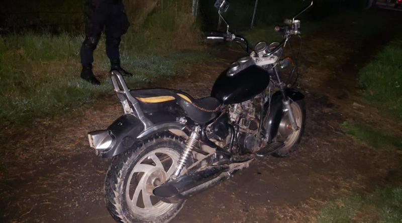 Asegura SSP motocicleta con medios de identificación alterados
