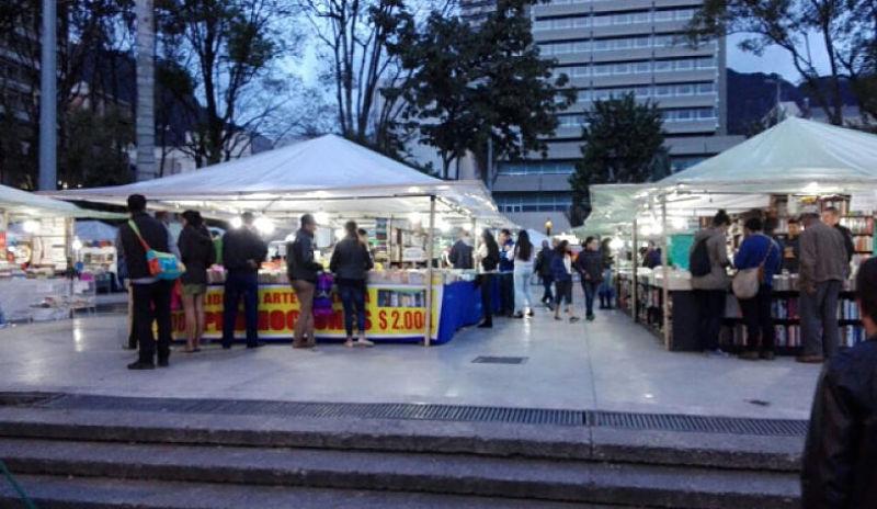 Comienza la Feria del Libro en la plazoleta del Rosario