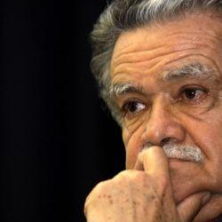 """Falleció el actor y compositor  Héctor Ulloa quien dio vida al personaje """"Don Chinche""""  y a boleros como """"Cinco centavitos"""""""