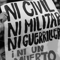 """Exposición """"EL TESTIGO    Memorias del conflicto armado colombiano en el lente y la voz de Jesús Abad Colorado"""""""