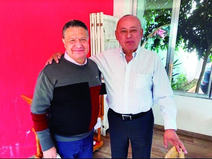 Dos Aspirantes. En visita que realizó al municipio de Tulancingo, el senador morenista Julio Menchaca Salazar, se encontró con el alcade priísta Jorge Márquez Alvarado, quien lo inivitó a conocer el edificio del Palacio Municipal. Previamnte, el legislador recorrió las instalaciones del Periódico Ruta.