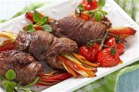 Ρολάκια ψαρονέφρι με λαχανικά και γλάσο βαλσάμικου