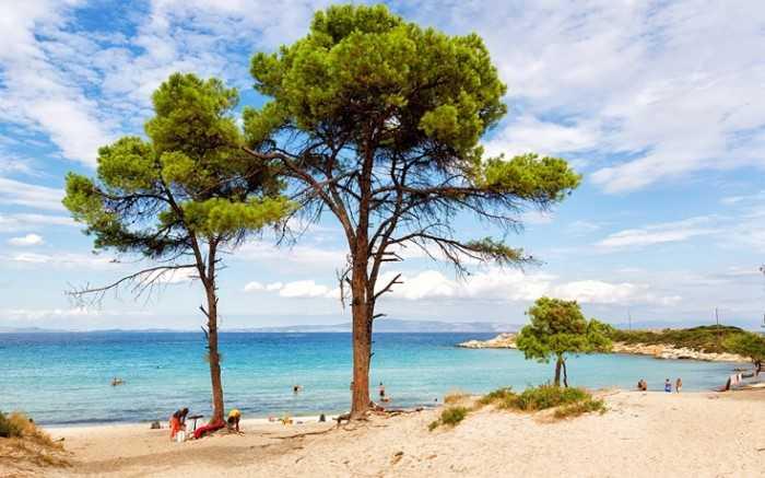 Βουρβουρού το παραθαλάσσιο χωριό με τις ωραιότερες παραλίες της Ελλάδας..