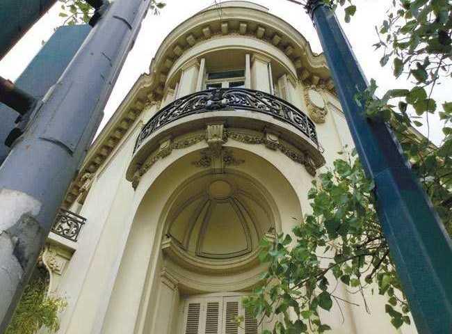 Τα υπέροχα προπολεμικά σπίτια στην Πατησίων που δεν παρατηρούμε ποτέ