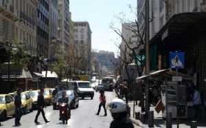 Αθηνάς: Ο δρόμος της πιάτσας