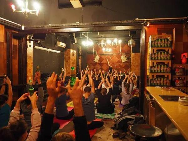 beer-yoga-600x450