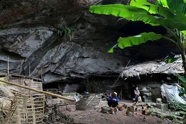 cave-dwellers4-600x400