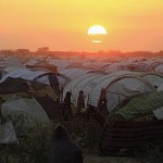DOCU_GRUPO The sun sets over the Ifo extension refugee camp in Dadaab, near the Kenya-Somalia border -GF0M0VS1.JPG de Externa ABC