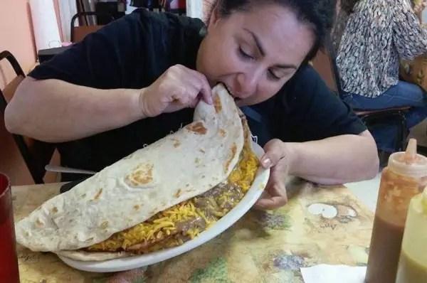 giant-taco-challenge-600x398