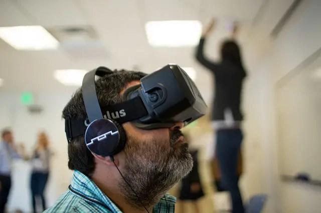using-VR