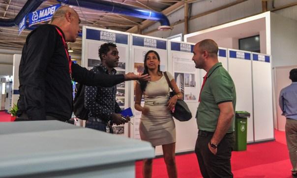 Fusaroli comparte con jóvenes inversionistas cubanos en la Feria Internacional de la Construcción, Cuba 2018 Más de 300 plantas de tratamiento instaladas en los últimos 18 años en Cuba han posicionado a TECOFIL dentro del mercado nacional (Foto: Julio Batista)
