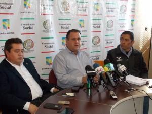 Diputados Rodolfo Olimpo, Mario Osuna y Juan Manuel Molina.