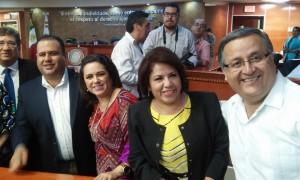 De izquierda a derecha: Diputados Alejandro Quiroga, Miguel Osuna, Mónica Bedoya, Rosalba López Regalado y Gustavo Sánchez.