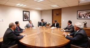 Diputados electos con el presidente del PRI nacional, Enrique Ochoa; y el secretario de Organización de dicho partido en el país, senador por Jalisco Arturo Zamora. Además del presidente de la organización en Baj California, Chris López.