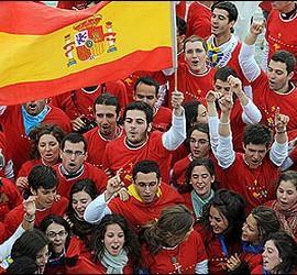 Jóvenes católicos llegados a Madrid para el JMJ con el Papa.