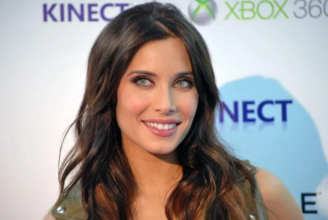 pilar rubio - TOP 20 MOST BEAUTIFUL GIRLFRIENDS AND WIVES OF SOCCER PLAYERS