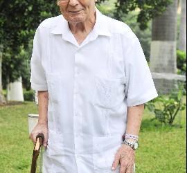 Padre Paquito