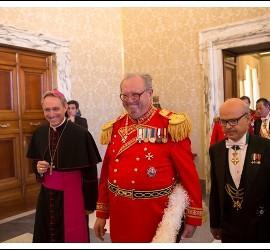 El ex-Gran Maestre de la Orden de Malta, Matthew Festing