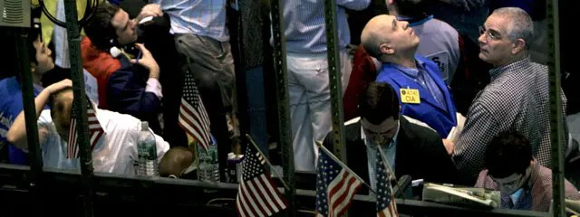 El Ibex se rinde al derrumbe de Lehman Brothers