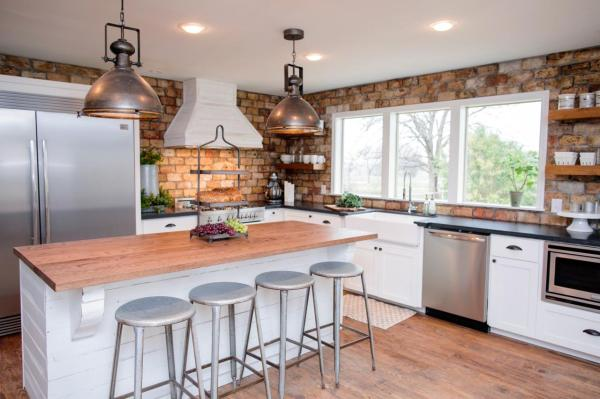 Kitchen Chip and Joanna Gaines Fixer Upper