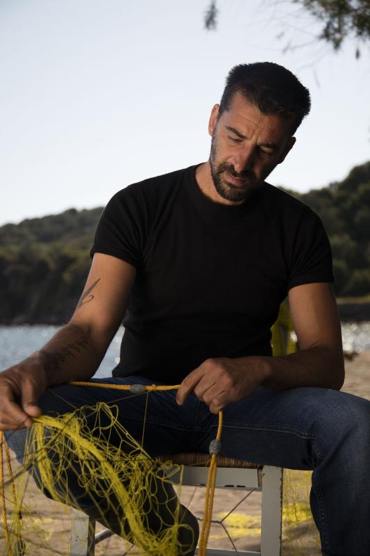 Johnnie Walker Fisherman Stratis Valamios features