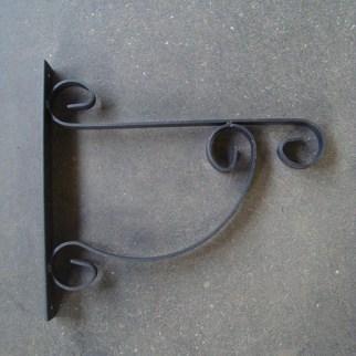 Wandhaak 35 cm voor ronde bakken - € 10,75