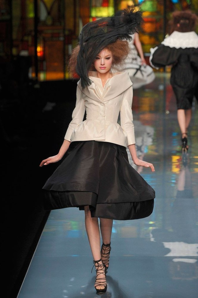 Desfile Dior primavera/verano 2009 por John Galliano