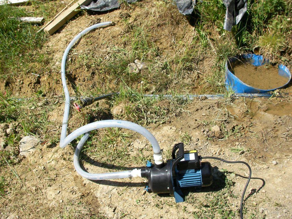 Bombeando agua ... Pumping water (5/6)