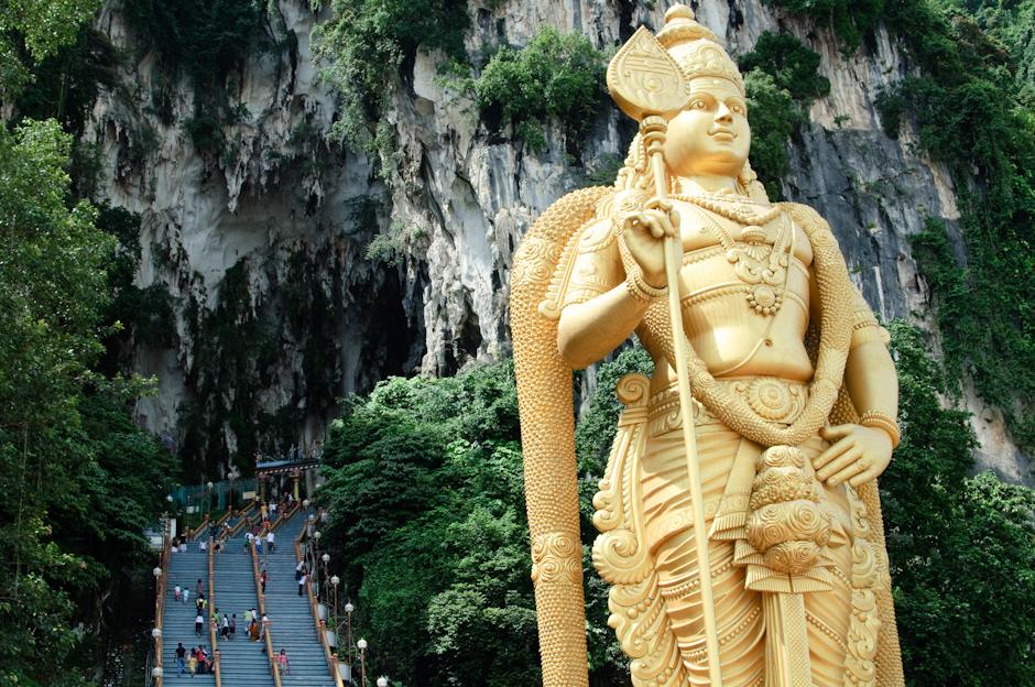 1. Jaskinie Batu, Malezja. Jaskinie Batu są jednym z najważniejszych miejsc dla wyznawców hinduizmu w Malezji. (Fot. Marcin Czajka)