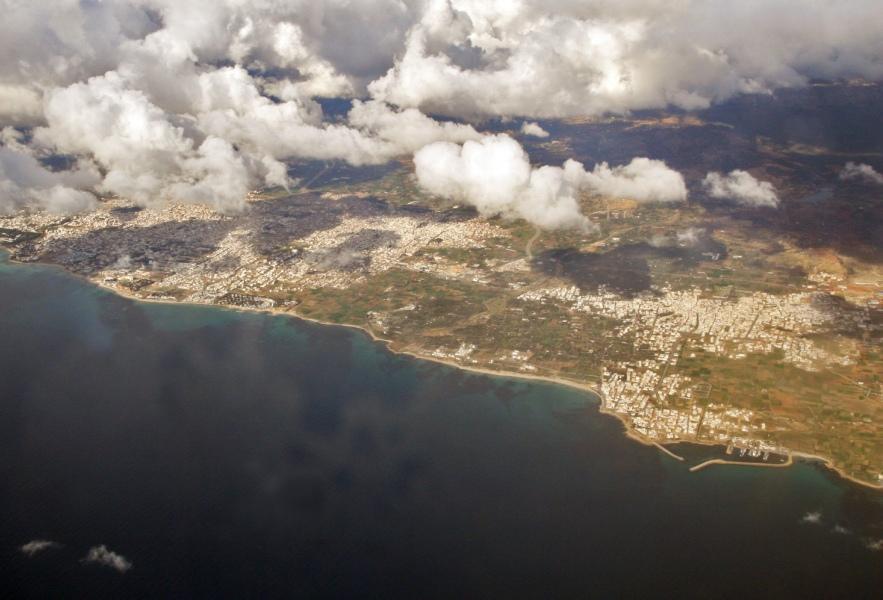 Tunezja z lotu ptaka wydaje się być bardzo spokojna. (Fot. Ewa Serwicka)