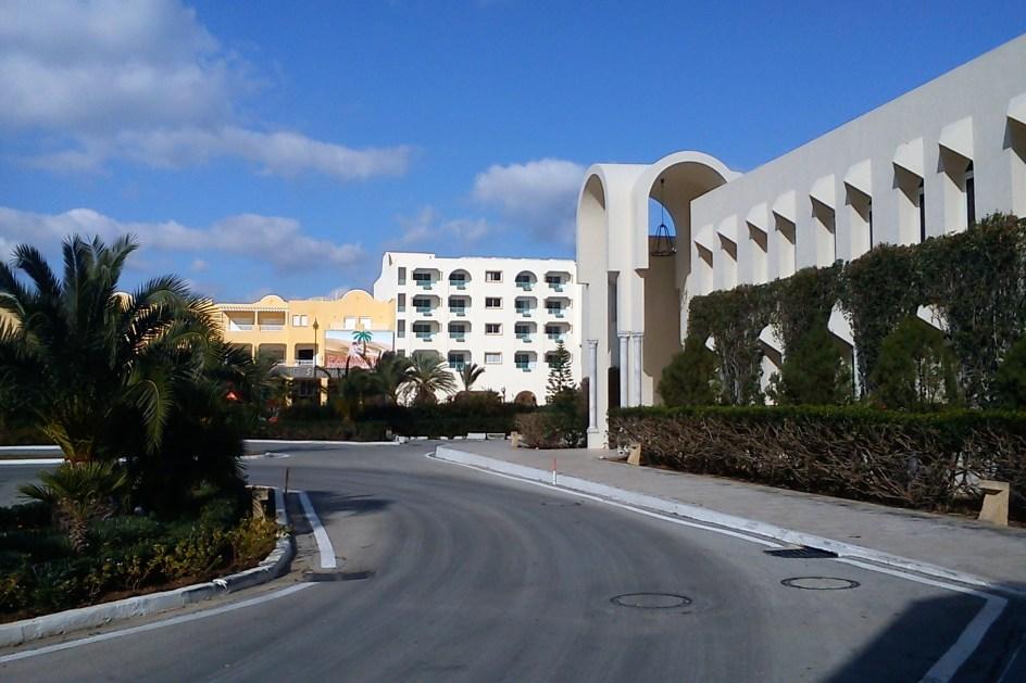 Turyści w Tunezji proszeni są o pozostanie w pobliżu hoteli i unikanie zamieszek dla własnego bezpieczeństwa. (Fot. Ewa Serwicka)