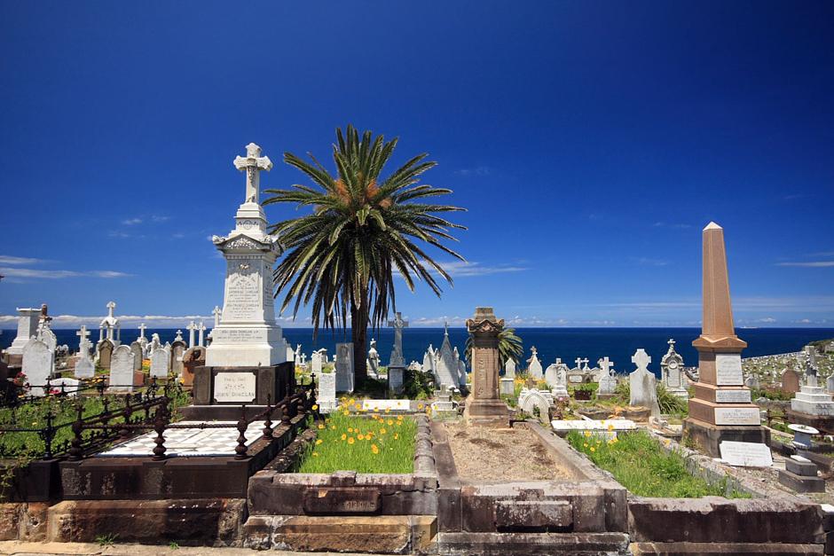 4. AUSTRALIA, Sydney. Zabytkowy cmentarz Waverley z widokiem na ocean. (Fot. Magda Biskup)
