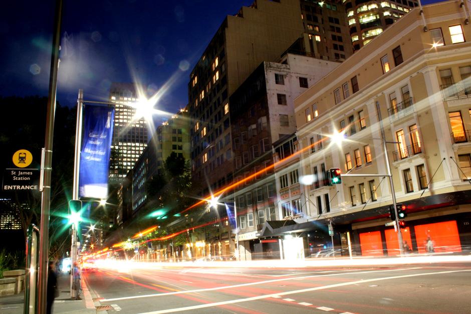 14. AUSTRALIA, Sydney. Elizabeth Street, jedna z glównych ulic Sydney. (Fot. Magda Biskup)