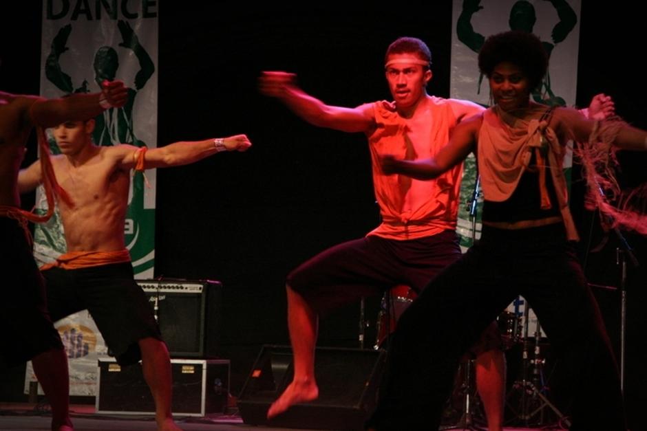 3. FIDŻI, Suva. Skończywszy na bardziej współczesnych, doskonale dopracowanych układów choreograficznych. (Fot. Tomek Biskup)