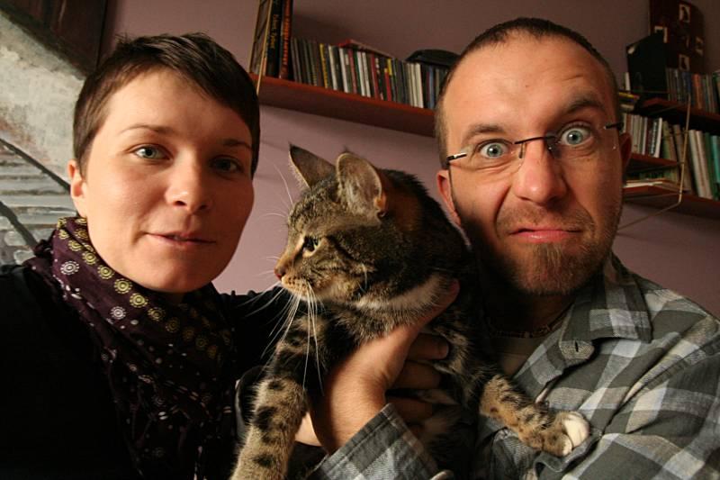 Anka i Robb (i kot Ryszard). Niby niegroźni, błysk w oku zdradza jednak szaleństwo... (Fot. Grzegorz Król)