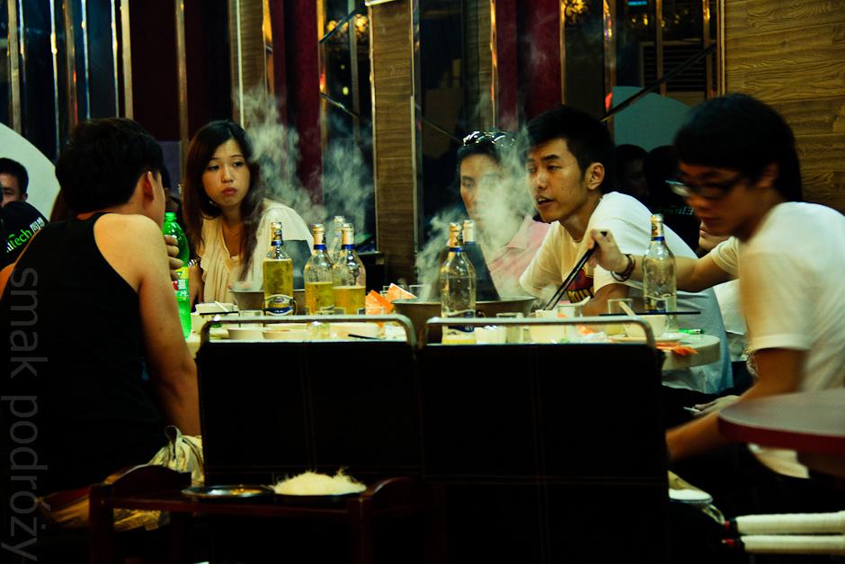Hot pot - sposób na udany wieczór wśród chińskich znajomych