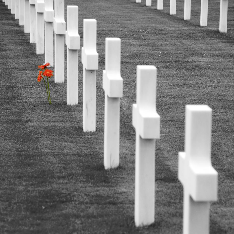 Na amerykańskim cmentarzu w Normandii znajduje się 10 tysięcy grobów