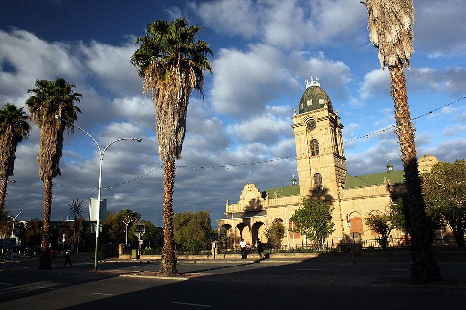 Oudtshoorn - miasteczko w Republice Południowej Afryki
