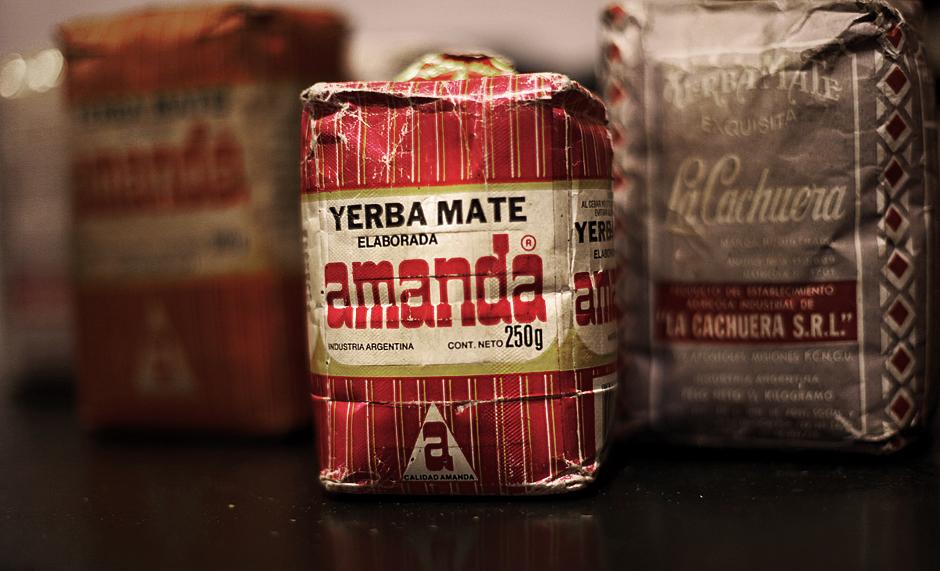 Amanda Elaborada – klasyczna Yerba pita przed kamerami przez polskich podróżniczych celebrytów, ale także przez pracowników stacji benzynowych i opiekunki dla dzieci