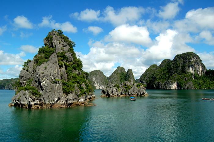 Zatoka Halong w północnym Wietnamie. (Fot. Jarek Czakański)
