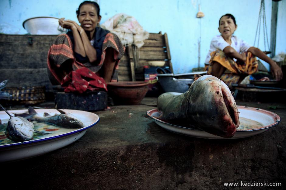 Birmański targ