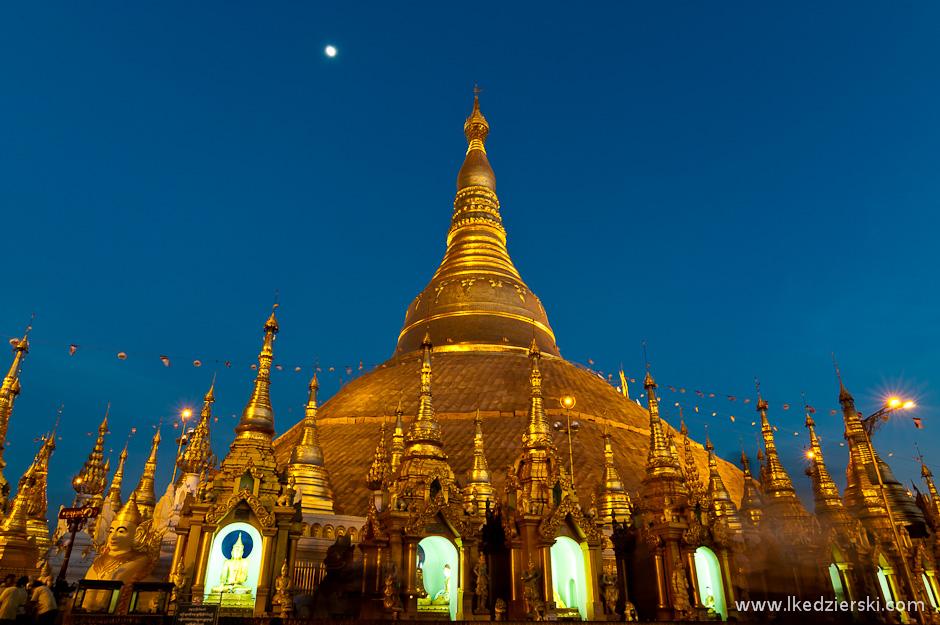 Pagoda Shwedagon w Rangun