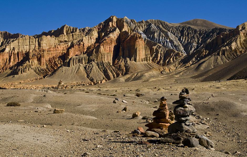 Surowy krajobraz Nepalu