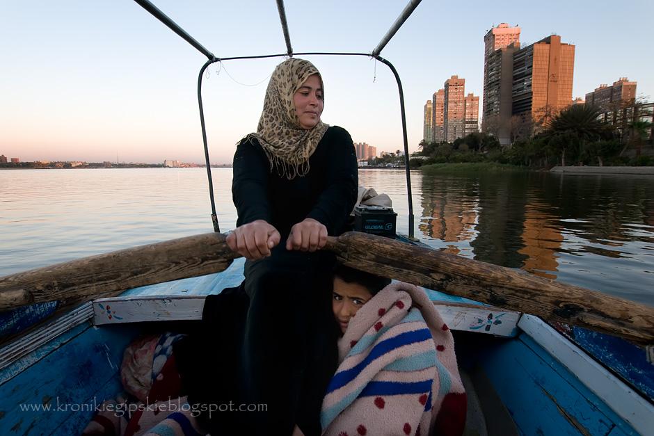 3. Są ludzie, którzy poświęcili całe swoje życie Nilowi. Mieszkając i pracując na nim, nie wyobrażają sobie innego trybu życia.