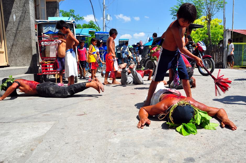 Biczowanie na Filipinach