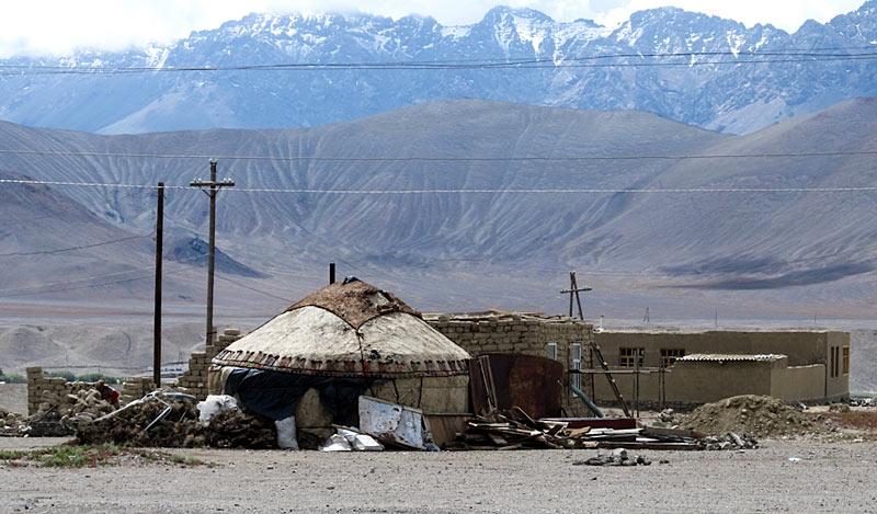 Tadżykistan. Jurta w miejscowoci Murghab