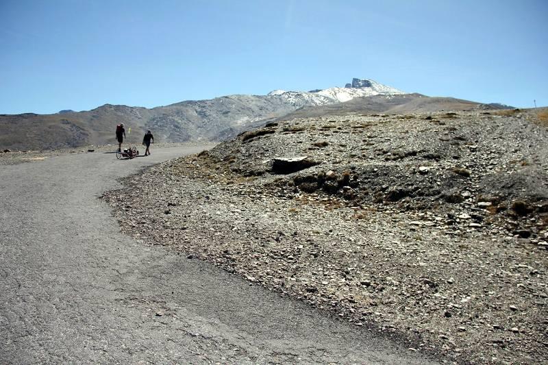 Karina Jasińska przed szczytem Pico del Veleta