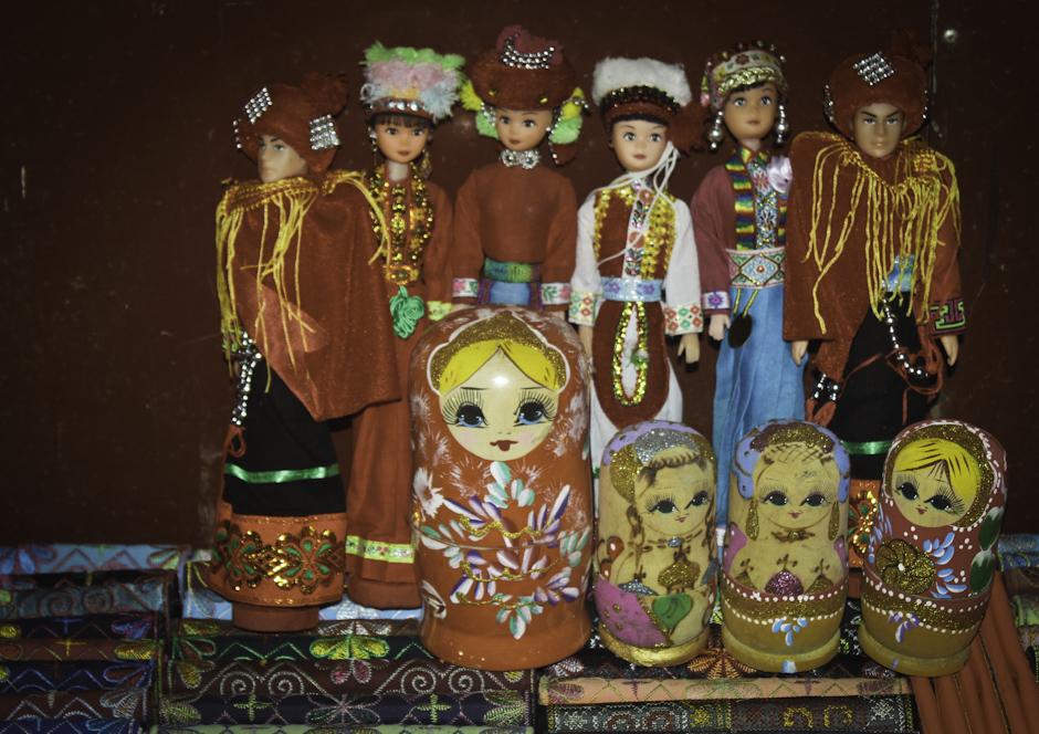 matrioszki na targu w Sapa
